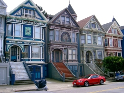 Painted Ladies: American Queen Anne Revival Style houses in Haight Ashbury district, San Francisco